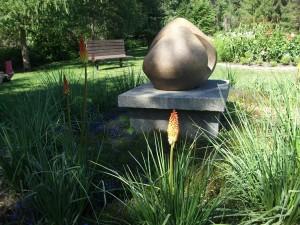 dscf0123-devonian-garden-statue